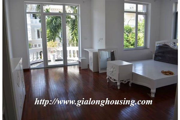 Beautiful and spacious villa in the corner street of Ciputra 3