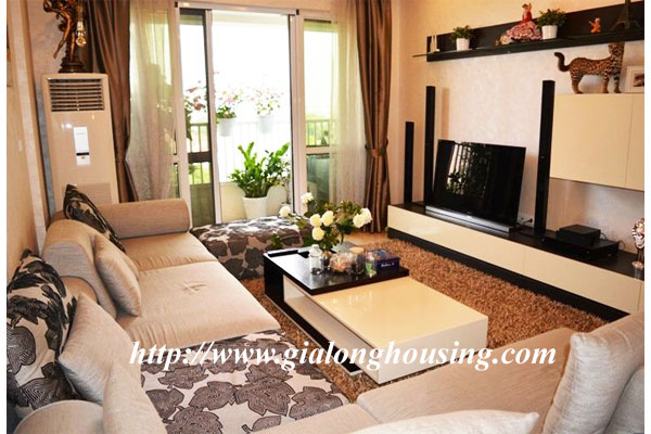 Big and bright apartment with 03 bedrooms in P building, Ciputra