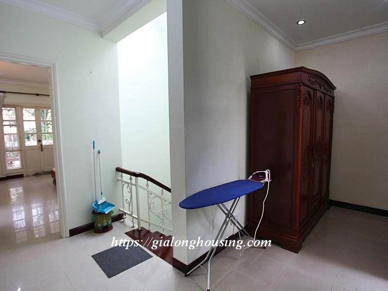 Beautiful fully furnished villa for rent in D block 8