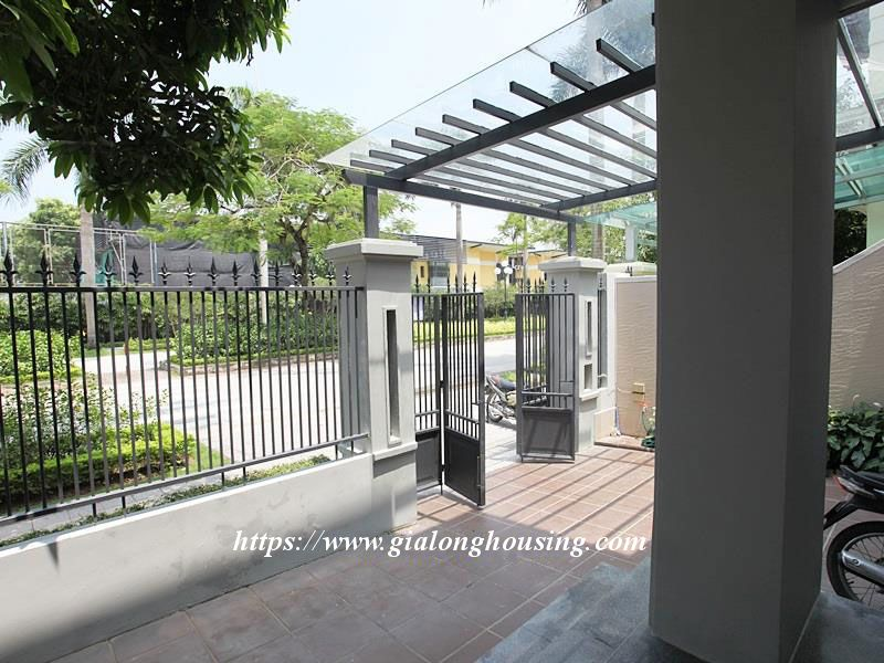 Newly renovated villa in D block for rent 5