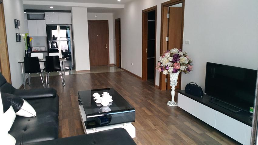 Fully furnished 3 bedroom in Goldmark City Ho Tung Mau