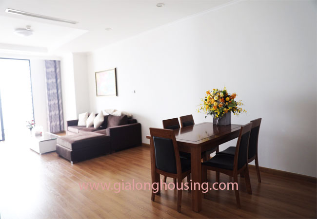 02 bedroom apartment in R5 building, Royal City for rent