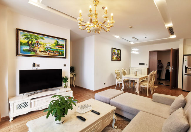 Gorgeous apartment for rent in M2 Tower,  Vinhomes Metropolis, 2 bedrooms $1050