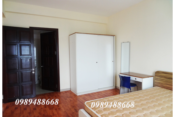 Charming 3 bedroom apartment for rent in G2 Building Ciputra 9