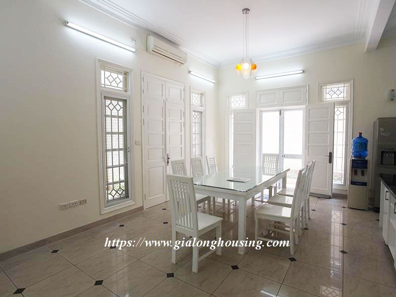 Newly renovated villa in D block for rent 10