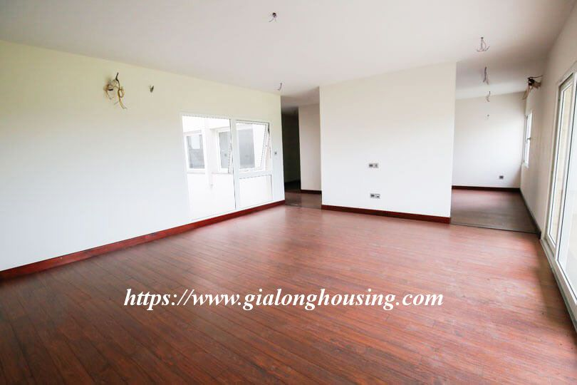 Unfurnished huge villa in Ciputra, Q block for rent 6