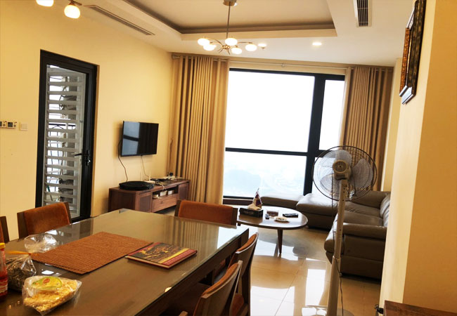 Nice furniture apartment with the best price for rent in Royal City Hanoi