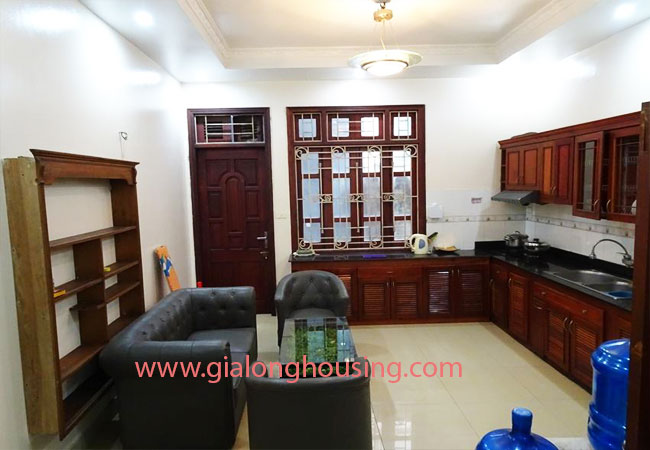 Cheapest price for 4 bedroom house rental in Tay Ho District 4